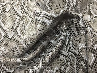 Snake Skin Design Soft Leather Fabric Lamination 350g / ㎡ Grey Color